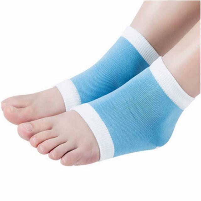 moisture socks dry skin