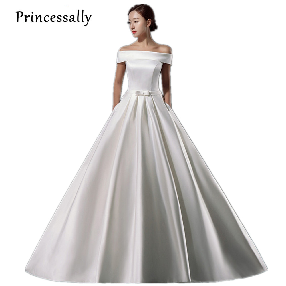 Simple Wedding Dress Elegant With Train Vintage Satin Boat
