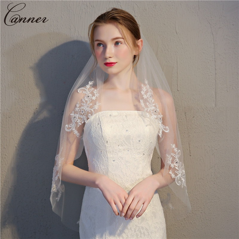 90cm Rhinestone Appliques White Wedding Veils With Comb One Layer Bridal Veil Lace Short Veils Wedding Accessories Q40