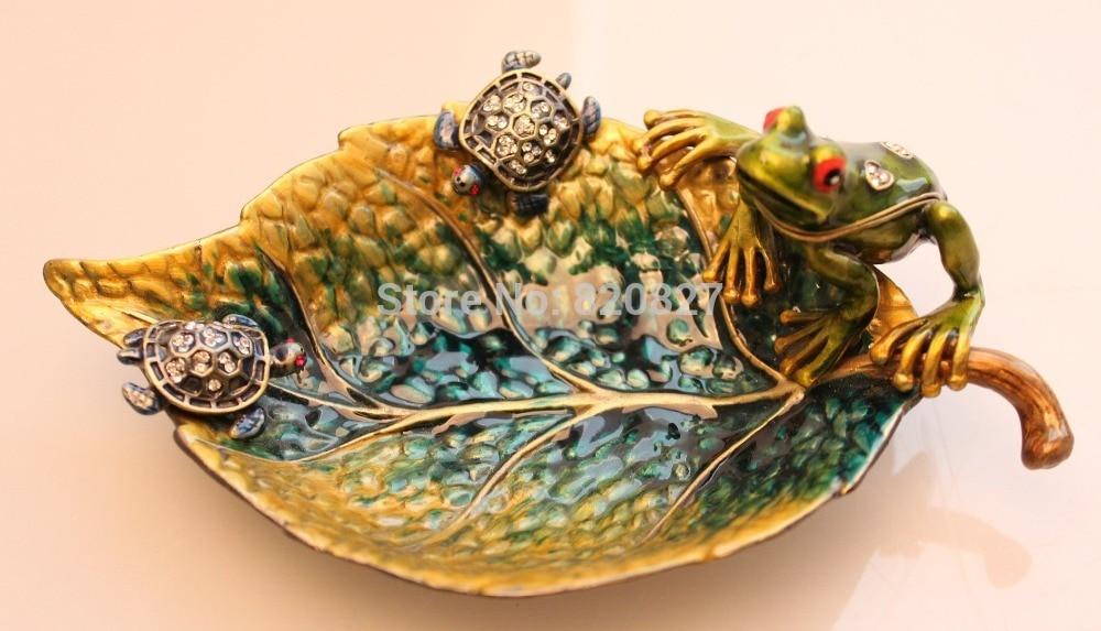 Fantasy Leaf Figurine Display Dish with Jeweled 2 Turtles and Hinged Frog Box