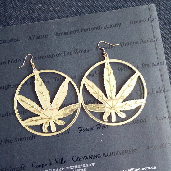 New Hip Hop Women Golden Cannabiss Weed Dangle Earring Chunky Pot Leaf Weed Earrings Night Club Lady Girls Dancer Jewelry