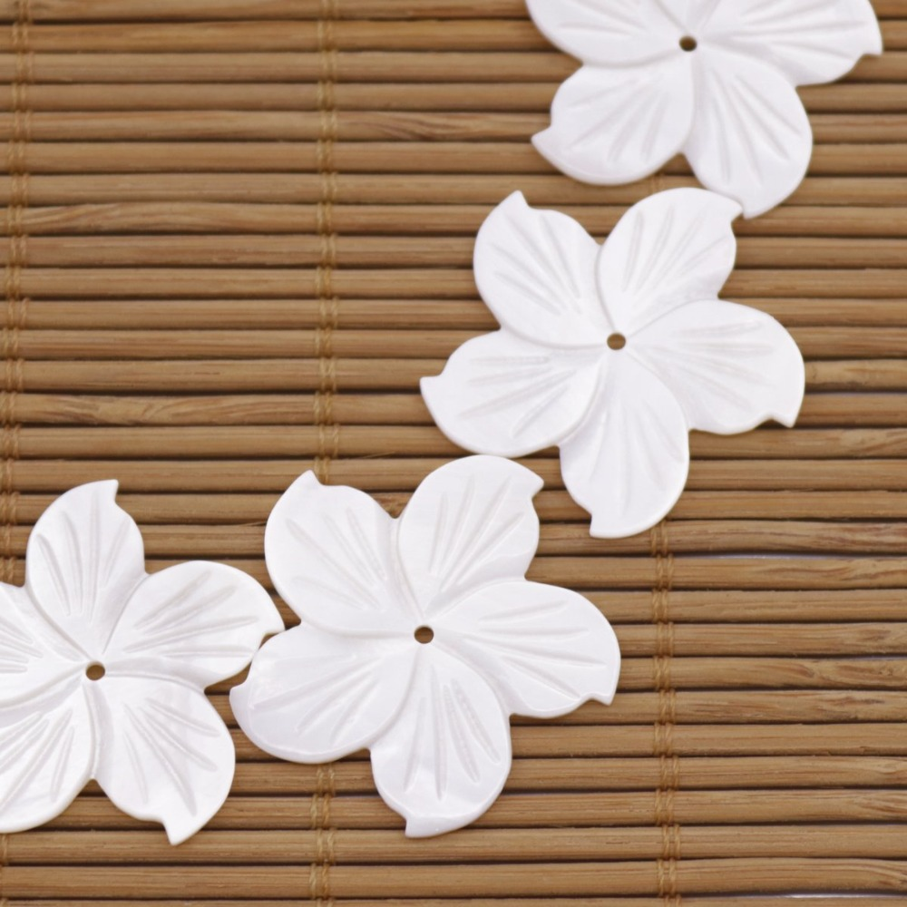 Купить с кэшбэком 10 PCS 27mm Shell Natural White Mother of Pearl Jewelry Making Flower Shape