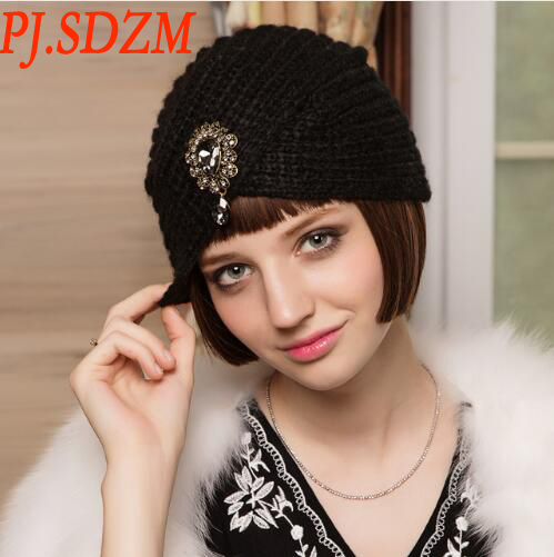 New Design Hot Sale Warm and Elegant Hat Female Winter Knitted Fedoras Hat With Diamond Women's Vintage Mohair Retro Cap