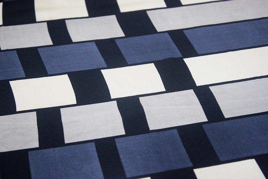 square scarf 70cm IMG_0056