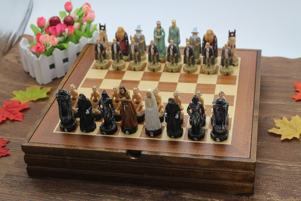 With Wooden Board Chess Set Resin Child Game The Lord of the Rings Series Mold Classic International Cartoo Chess Set Nice Gift 2017 autumn jeans women national style vintage printed flower jeans high waist female harem pants loose plus size lady trousers