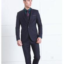 2018 Hombres Nuevo diseño boda Trajes novio traje formal dos Botones  Borgoña chaqueta de smoking hombres traje 3 unidades traje . 93eb2396f60f