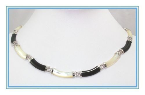 Venda Hot new Style >>>>> Extremamente raro Preto Jade & Shell Colar de Pérolas de prata