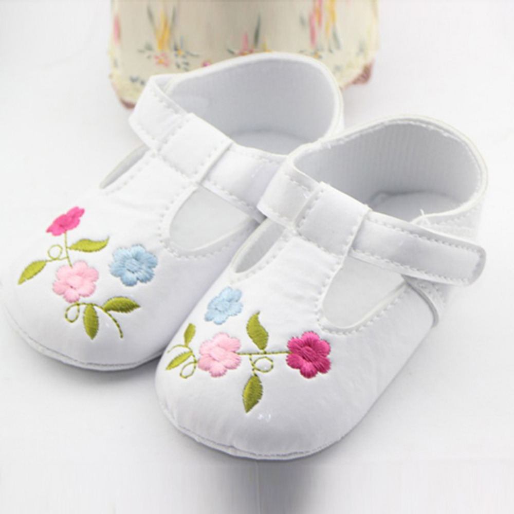 2016 Hot Sale Newborn Baby Girls Shoes Sapato Pink Princess Children Girl Shoes Brand Kids First Walkers