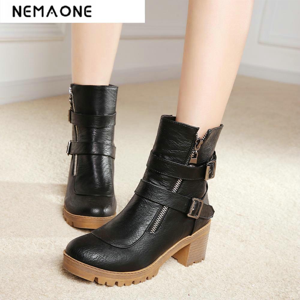 7c6be69cd جديد أزياء مزدوج مشبك النساء الأحذية جولة تو الشتاء النساء أحذية سميكة  عالية الكعب أحذية الكاحل عارضة امرأة