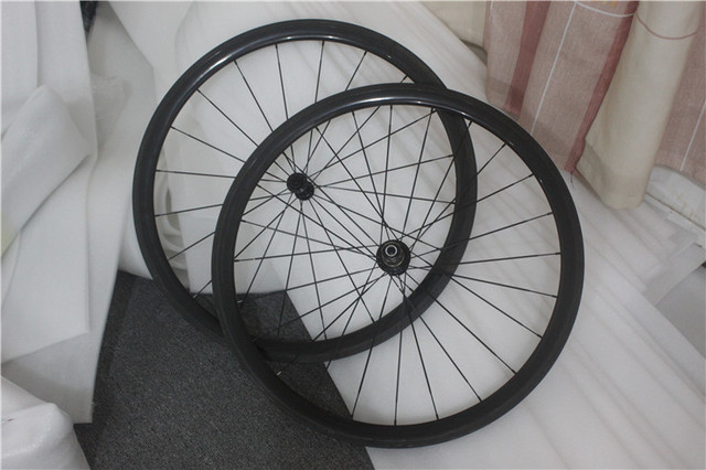Cheap Tubular 38mm wheelset! High end R36 hub 20/24H road 23 25mm wide carbon wheels from THRUST wheel 700C rims Basalt/Alloy