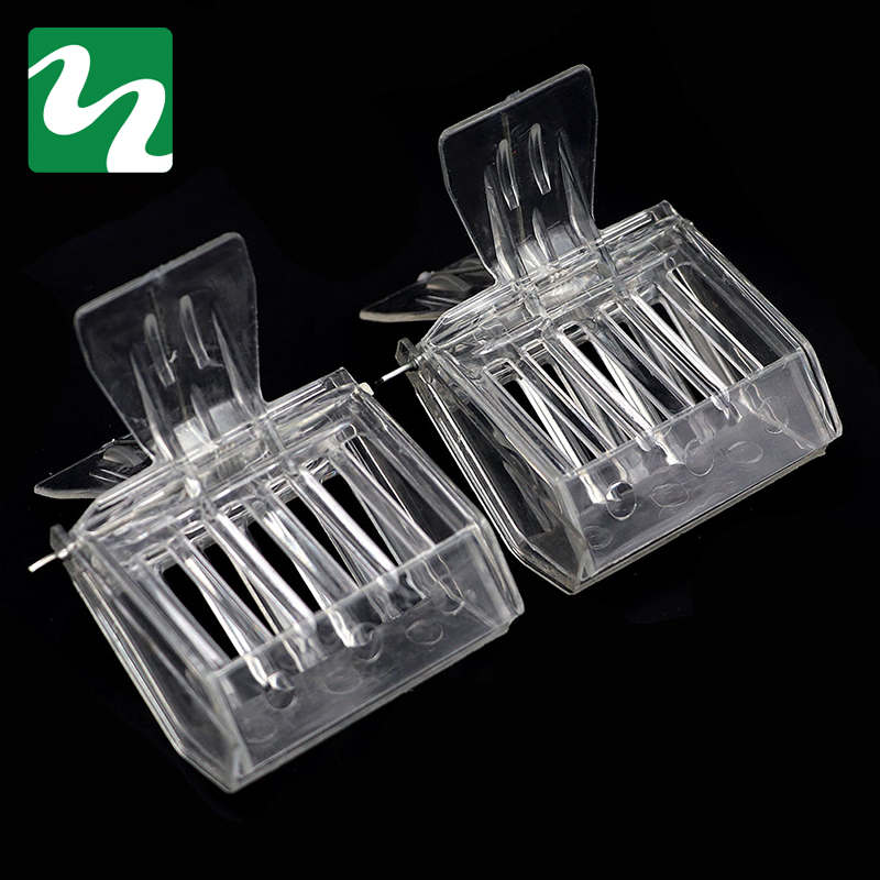 Hot Sale 2 PC Beekeeping Equipment Isolation Room Insectary Box Bee Tools Queen Cage  Colorless Plastic Clip Bee Clip