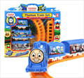 1 Unidades Arriesgada Vía de Tren Thomas y Amigos de Trenes Eléctricos rail mini modelos de trenes niños kids toys regalo de navidad con caja
