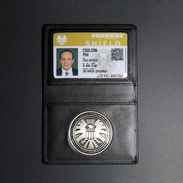 The Avengers Agents of S.H.I.E.L.D. Shield metal Badge Leather case Holder ID Cards Coulson Ward May Skye Fitz Wallets soccer