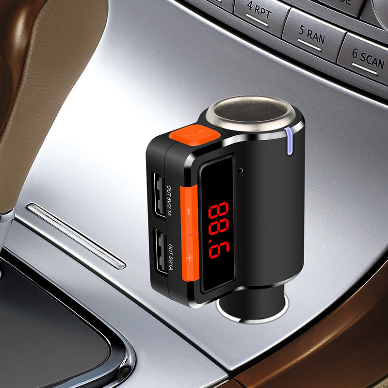 2018 Auto Parts Double Car-charger Mobile Phone FM Transmitter Hot Sales Dash Cam Car Audio Bluetooth MP3 Player FM Modulato