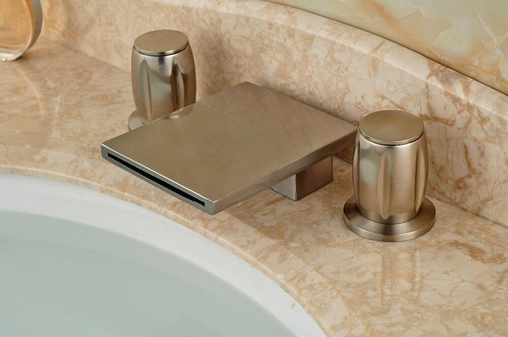 Brushed Nickel Finish Deck Mounted Bathroom Waterfall 3 Holes Bathtub Faucet Mixer Tap цена