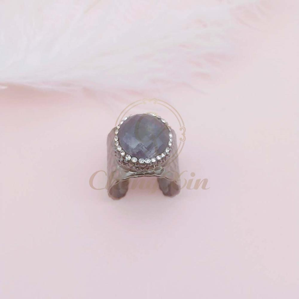 5 natural crystal zircons with silver l and black ring on fashion jewelry ring in Rings from Jewelry Accessories