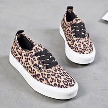 2018 spring and summer new leopard fashion casual ladies canvas shoes lace-up Korean sports shoes flat ladies shoes