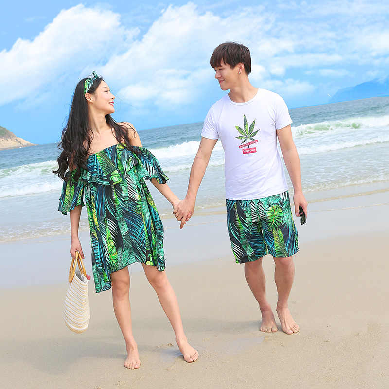 e63d644811 ... Family Matching Clothes Mother and Daughter Beach Dresses Mommy and Me  Clothes Dad Son Tops+ ...
