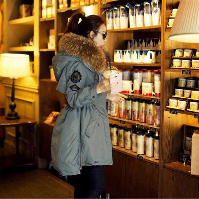 2016 Fur Winter Jacket Women White Duck Down Parka Jackets Natural Raccoon Fur Collar Female Winter Coat Women Parkas B745