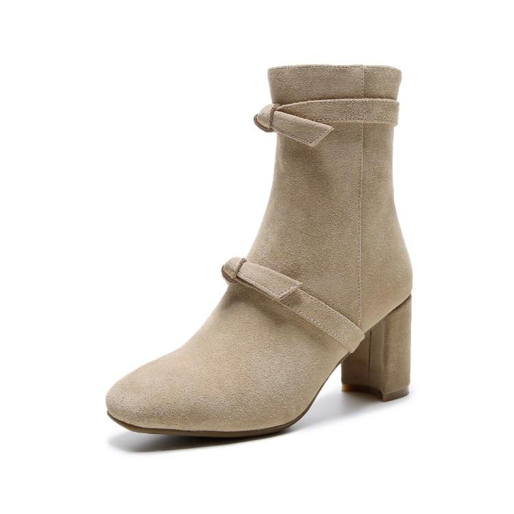 Bot¨an sin tobillo para mujer, cuero / oro negro, 5.5 M US