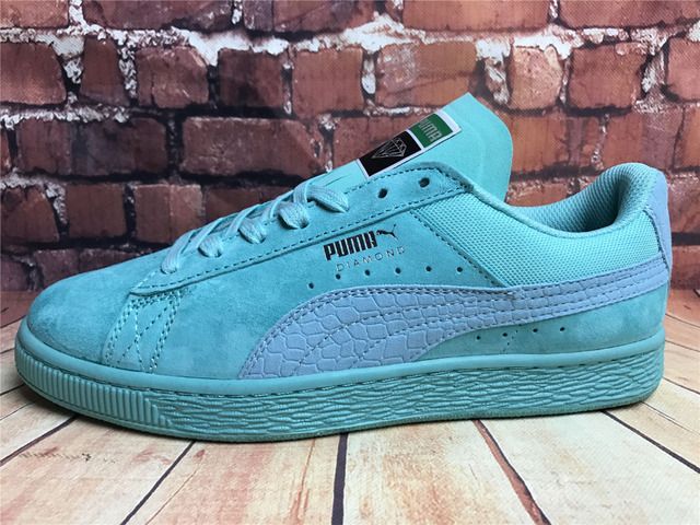 huge discount 8001d 15ef3 US $52.56 17% OFF|2018 free shipping New Arrival PUMA Fenty by Rihanna  Cleated Creeper Suede Sneakers men's Badminton shoes Size 40 44-in  Badminton ...