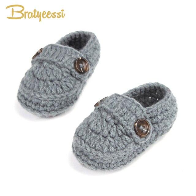 b521de7648af5 Mode boucle bébé garçon chaussures à la main tricot Crochet chaussons pas  cher bébé Crochet chaussures