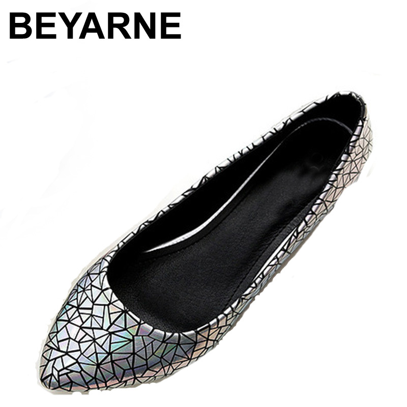 BEYARNE Spring Summer  Women Moccasins Slip On Women Flats Vintage Shoes Large Size Womens Shoes Flat Pointed Toe Ladies Shoes spring summer women leather flat shoes 2017 sweet bowtie flats women shoes pointed toe slip on ladies shoes low heel shoes pink