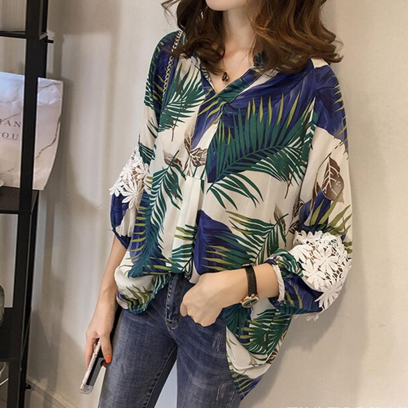 Women Vintage Floral V Neck   Blouses   Long Sleeve Loose   Shirts   Lace patchwork Casual Plus size Blusas Femininas European 4XL