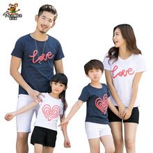 Family clothing 2017 Summer Cartoon LOVE Short-sleeve T-shirt Matching Family Clothing Outfits For Mother Daughter Father Son family clothing 2020 summer cartoon short sleeve t shirt family matching outfits for mother daughter and father son clothes