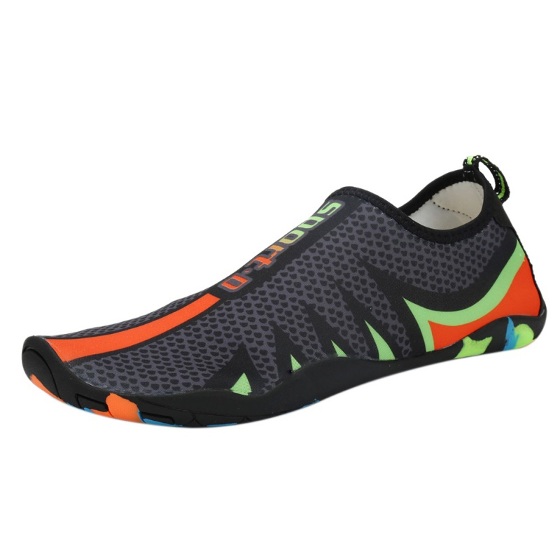 2018 New Men&Women Walking Lover yoga Shoes Beach Shoes Outdoor Swimming Water Shoes Adult Unisex Flat Soft Seaside Shoes