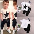 Футболки хлопок белые вершины шаровары 2 шт. одежда устанавливает новые дети мальчиков звезда наряды 2 шт. мода для мальчиков 2 шт. комплект 2-7Y