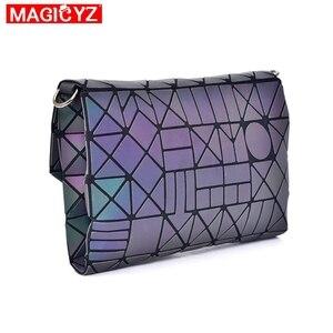 Image 5 - 여성을위한 MAGICYZ Crossbody 가방 2020 패션 레이저 기하학적 빛나는 여성 핸드백 지갑 클러치 디자이너 브랜드 어깨 가방