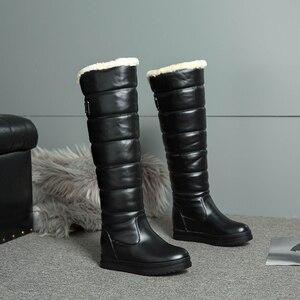 Image 2 - Nga Mùa Đông Giày Nữ Ấm Áp Đầu Gối Cao Giày Mũi Tròn Xuống Lông Thời Trang Nữ Đùi Ủng Giày Chống Nước Botas n318