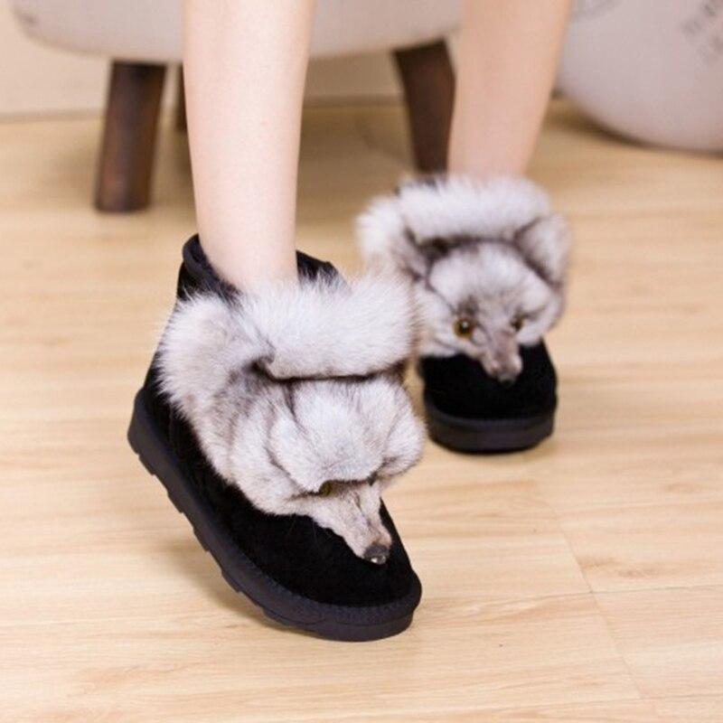 Prawdziwej skóry kobiet buty śnieżne futro zimowe ciepłe kobiety botki buty Plus rozmiar Fox zwierząt mieszkania buty damskie grube platformy w Buty do kostki od Buty na  Grupa 2