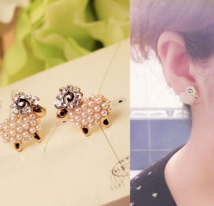 New Fashion Pendientes imitation pearl jewelery rhinestone cute sprite simulation pearl sheep earrings fashion girls gift