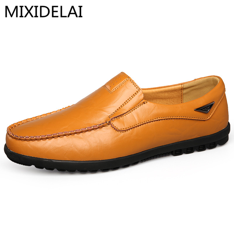 цена на Large Size 38-46 Men Leather Casual Shoes Loafers Fashion Men Shoes Moccasins Chaussures Flats Male Breathable Driving Shoes