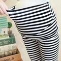 2016 de maternidad del verano de los capris de tres cuartos de la raya pantalones pantalones embarazadas cintura ajustable pantalones de maternidad leggings