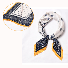 NEW Scarf for women Retro Cashew Printed fashion women neck scarf colthes Decoration hand scarf pleated foulard bandana hip hop stylish patchwork pattern pleated scarf for women