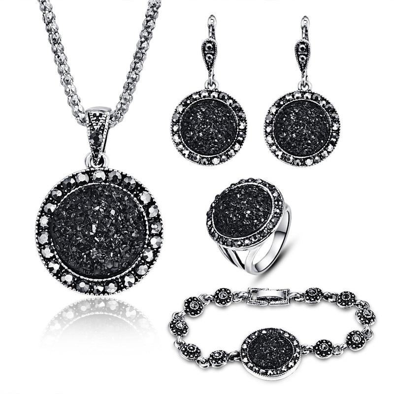 Nagykereskedelmi Vintage fekete ékszer készlet divat nők ékszer készlet antik ezüst színű kristály kerek kő medál nyaklánc szett 4db