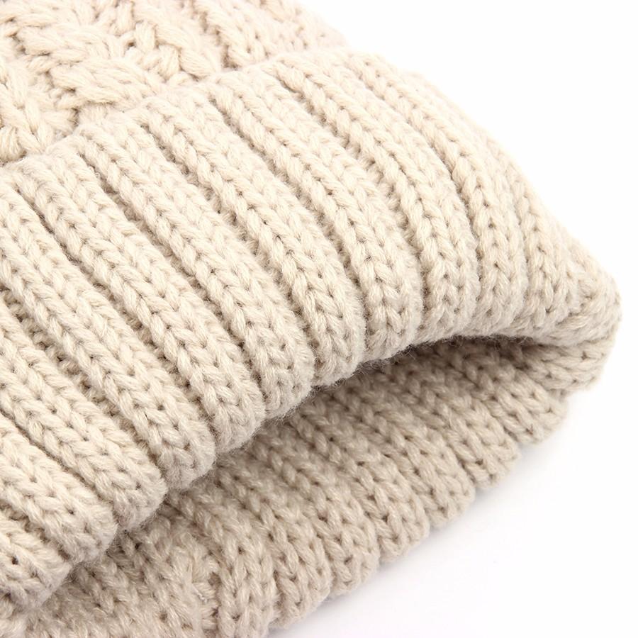 hat female CAP6A18  (16)