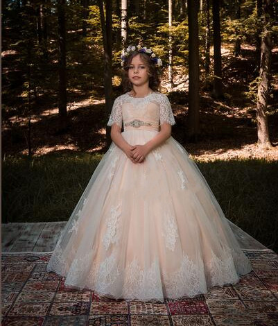 New Puffy White Lace Flower Girls Dresses Ball Gown Half Sleeve with Ribbon Girls First Communion Dress Size 2-16 4pcs new for ball uff bes m18mg noc80b s04g