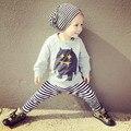 2017 зима детская одежда мальчика девушка одежда детская одежда Мультфильм футболка с Длинным рукавом + брюки 2 шт. спортивный костюм детская одежда