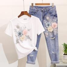 Kobiety Sequined zroszony 3D kwiat koszulka bawełniana + łydki długość dżinsy odzież ustawia letnie połowy łydki Jean garnitury tanie tanio COTTON Krótki Prairie Chic NONE Przycisk O-neck REGULAR Przycisk fly Powyżej kolana Mini Stałe Kostki długości spodnie