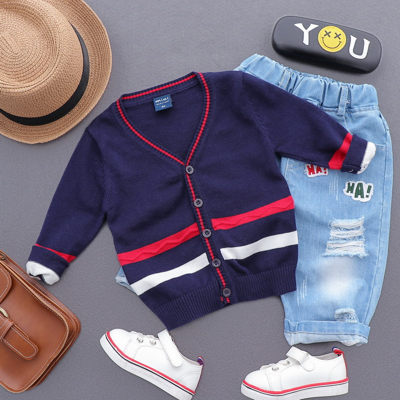 2018 Korean Boys Fashion Loose V Neck Single Breasted Thin Sweater Stripe Tops Kids Children Wholesale Cotton Sweater Clothing slim fit v neck plaid pattern sweater