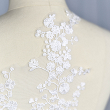 1 pcs Ivory Fabric Flower Lace Sewing Applique Lace Collar Neckline Collar Applique DIY Accessory Scrapbooking