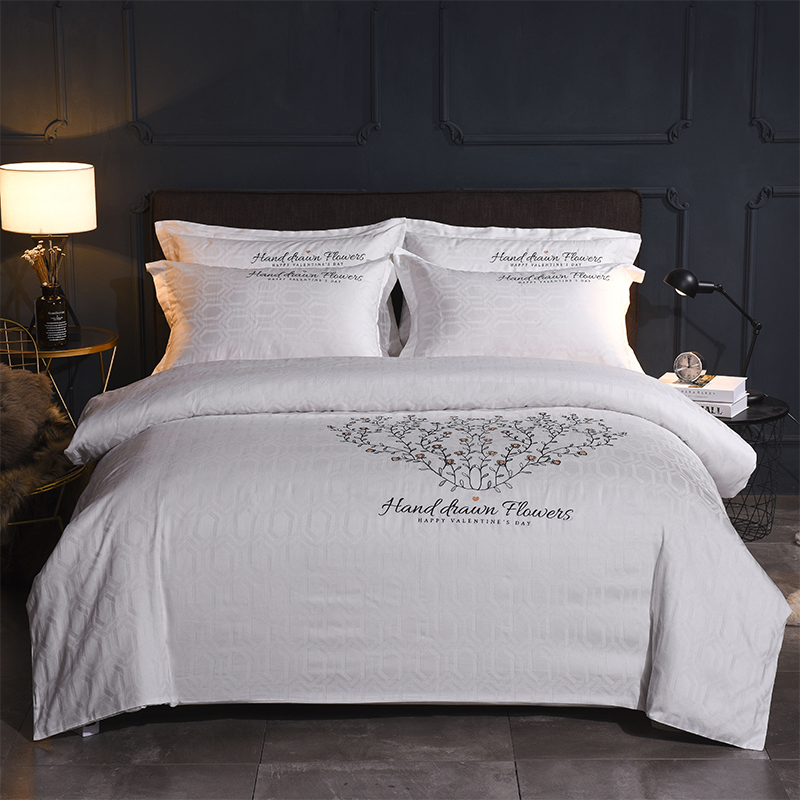 Luxury 40S Cotton Jacquard 4pcs Bedding Sets Embroidery Duvet Cover Pillow Cover Bed Sheet Bed Linings Home Textile   Luxury 40S Cotton Jacquard 4pcs Bedding Sets Embroidery Duvet Cover Pillow Cover Bed Sheet Bed Linings Home Textile