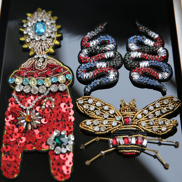 3D Handmade beaded snake cicada Patches for clothing DIY sew on sequin rhinestone parches Beaded applique bordados para