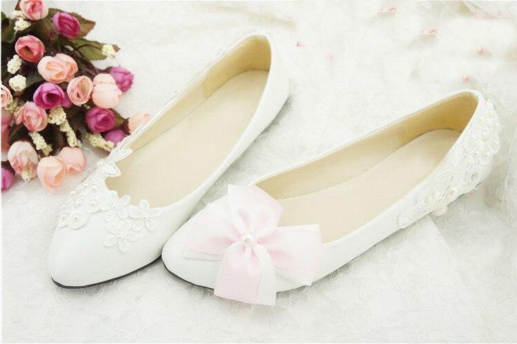 a4953b6283cf5 2018 Mode Chaussures Fille Mariage Livraison En Amande Blanche Gratuite  Mariée Fleur Bout Robe De D'honneur Demoiselle Lady 66RxfqwrT
