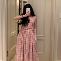 Korean version of summer 2019 carefully machine wrinkle lace and wind sleeveless tie show thin checked dress