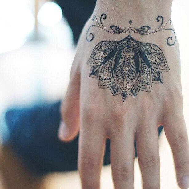 Waterdichte Tijdelijke Tattoo Stickers Brahma Bloemen